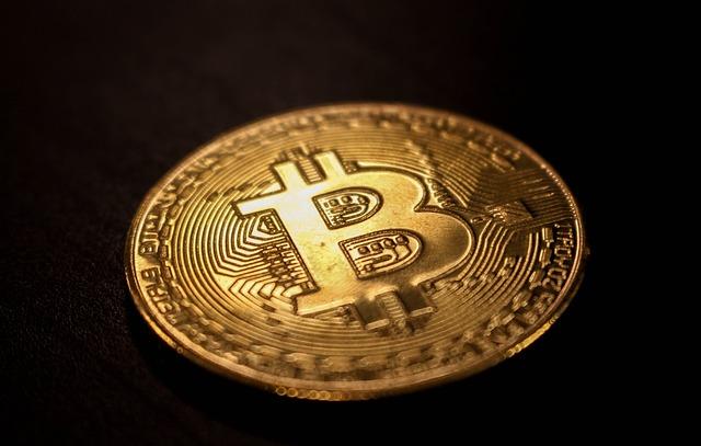 bitcoin-3698463_640.jpg